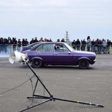 Drag and Drift - Old Ford Cars